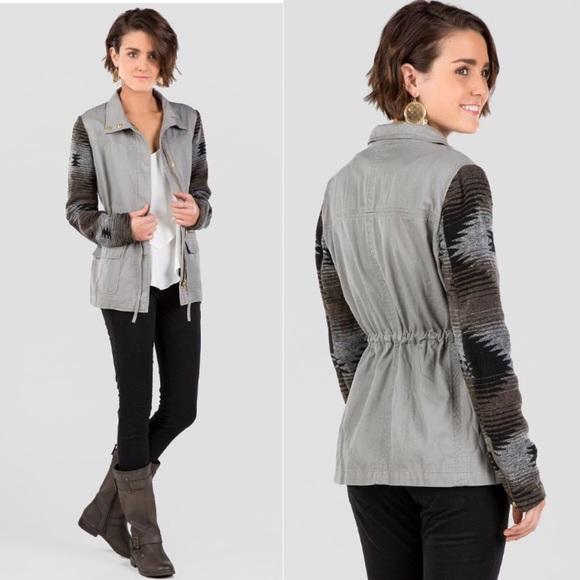 Francesca's Collections Jackets & Blazers - Francesca's Quinn Southwestern Anorak Jacket Grey